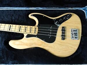 FENDER AMERICAN DELUXE JAZZ BASS - New