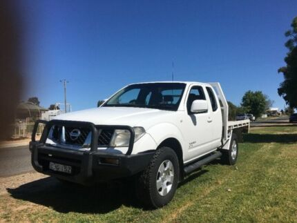 2009 Nissan Navara D40 ST-X King Cab White 6 Speed Manual Cab Chassis Yarrawonga Moira Area Preview