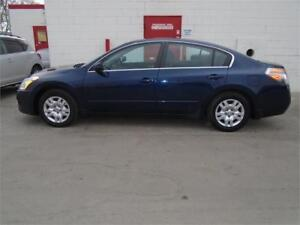 2012 Nissan Altima 2.5 S ~ 157000kms ~ Great Uber ~ $6999