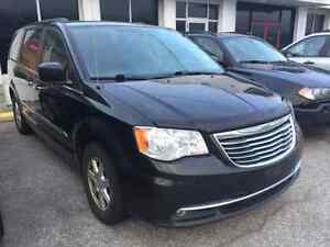 2012Town & Country Touring ,3.6L, Loaded,1owner,No accident!star