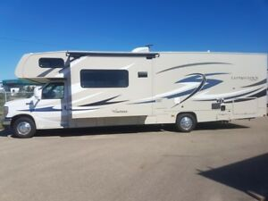 2016 Coachmen RV Leprechaun 32BH