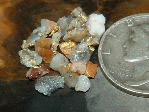 NATURAL GOLD QUARTZ SPECIMENS .68 GRAM MINI GOLD IN QUARTZ GLOBAL SHIP