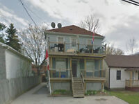 TWO BEDROOM CLOSE TO DOWNTOWN KINGSTON - 78-3 Joseph St
