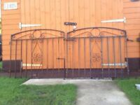 Solid Heavy Duty Steel Garden Gates Driveway Gates Only £45 Total
