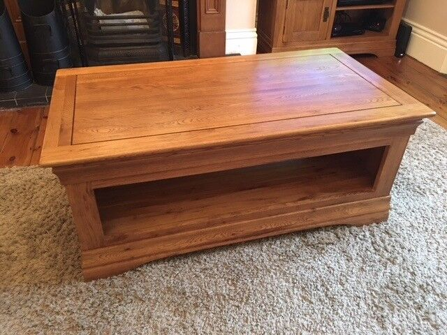 Solid Oak Coffee Table French Farmhouse Rustic Furniture Land Great Condition Set Available