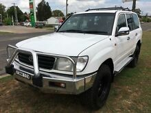 1999 Toyota Landcruiser HZJ105R RV (4x4) White 5 Speed Manual 4x4 Wagon Young Young Area Preview