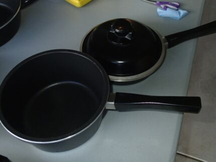 Bessemer 20cm Frypan/2.5ltr Saucepan and Lid Mount Claremont Nedlands Area Preview