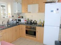 Excellent 4 double bedroom apartment (No Lounge) in clean ex local authority block in Camden