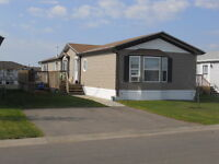 Immediate Possession - 1520 sq ft home with separate family room