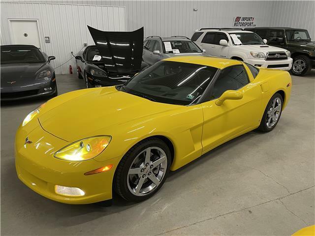 2007 Yellow Chevrolet Corvette Coupe 3LT | C6 Corvette Photo 3