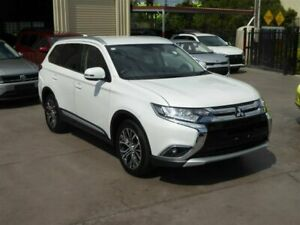 2018 Mitsubishi Outlander ZL MY18.5 LS 7 Seat (AWD) White Continuous Variable Wagon Brendale Pine Rivers Area Preview