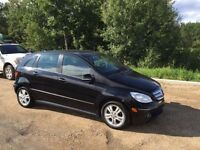 "(""in Humboldt"") 2008 Mercedes-Benz B200-Turbo-FWD suv"