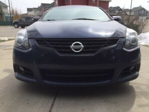 Blue tooth 2012 Nissan Altima 3.5 litre  6 speed SR