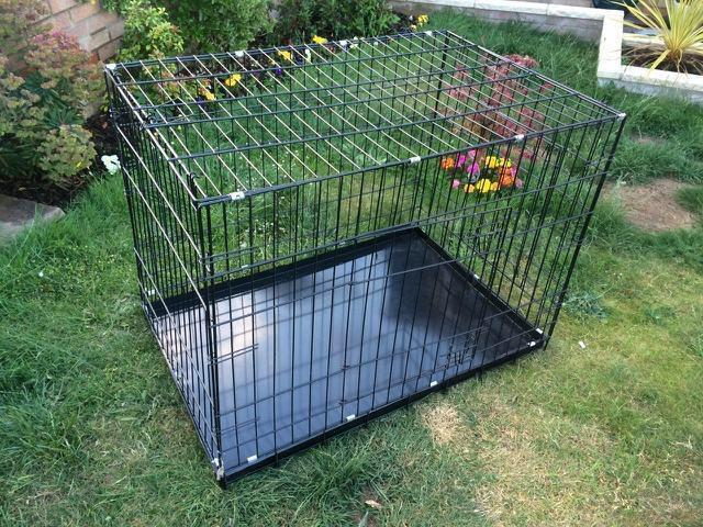 Large dog crate in bury st edmunds suffolk gumtree for Job lot dog crate