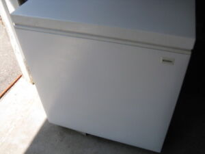 Apartment Size Chest Freezer Approx. 3.5Cubic Ft.