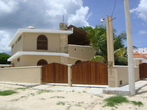 Beautiful House for Sale/Rent on the Shore of the Gulf of Mexico