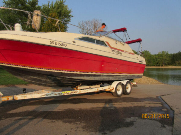 Used 1979 Bayliner Victoria 2750
