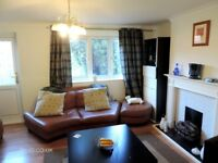 3 bedroom house in Temple Close, Thamesmead, SE28