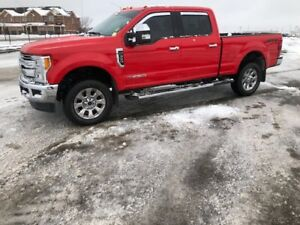 2017 Ford F350 Crew Cab Diesel Lariat Fully Loaded!