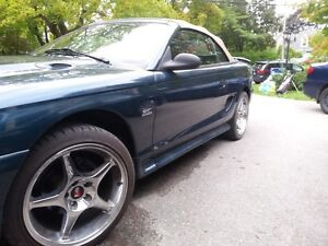 1995 Ford Mustang GT Convertible