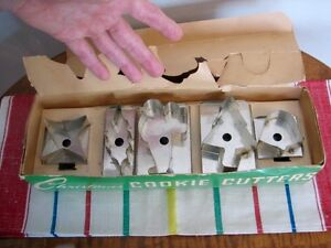 Vintage Aluminum Christmas Cookie Cutters in Original Box, Qty 5