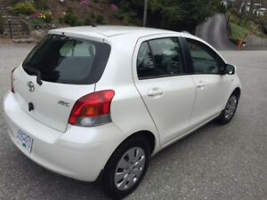 2009 toyouta Yaris - EXCELLENT CONDITION