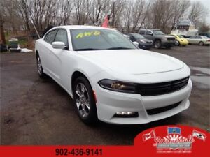 2016 Dodge Charger SXT SAVE OVER $2000