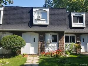 Townhouse for rent ! rue LAKE in D.D.O / West-Island à Louer !