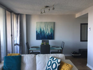 LAURIER W, LARGE 1 BED. 800 sq ft. SOUTH FACING,BALCONY,PARKING