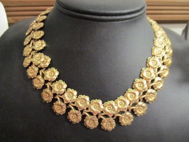 Vintage 12kt Gold Filled Necklace Collar w/ Floral Design Weighs 66grams