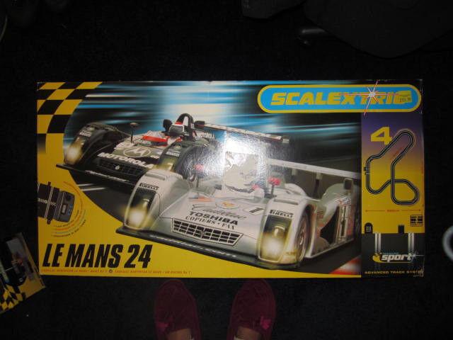 Fabulous Scalextrix Le Mans 24