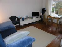 Cheap good size 2 Bed Flat in The Avenue, Worcester Park, KT4!!!