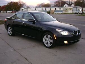 2008 BMW 528XI BLACK AND BEIGE INTERIOR SUPER CLEAN