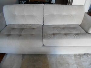 Sofa bed buy or sell a couch or futon in moncton for Sofa bed kijiji