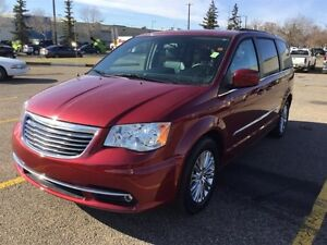 2015 Chrysler Town & Country TOURING-L Finance $176 bw
