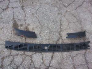 OEM Chevy S10 Blazer/GMC/Jimmy/Sonoma Wiper Cowl Screen Trim