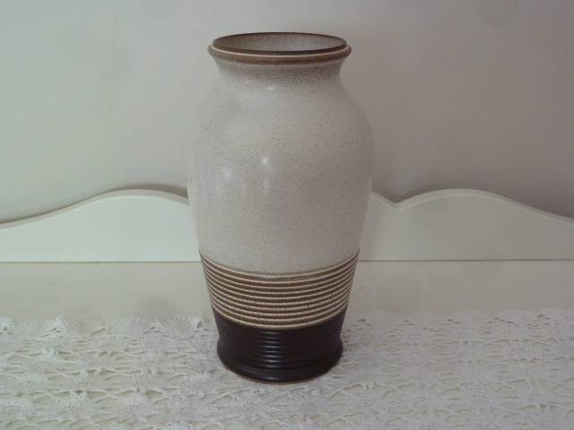 Denby Vase 23cms Tall Made In England Vases Bowls Gumtree
