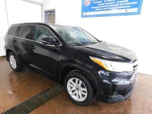 2016 Toyota Highlander LE 8 PASS