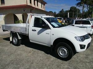 2014 Mitsubishi Triton MN MY14 Update GLX White 4 Speed Automatic Cab Chassis South Nowra Nowra-Bomaderry Preview