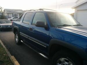 2004 Chevrolet Avalanche X15 Pickup Truck