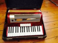 Hohner Lucia III 96 Bass Vintage Piano Accordion with case
