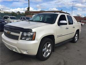 2013 CHEVROLET AVALANCHE LTZ - BLACK DIAMANTE- CREW - 4x4