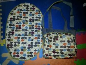 JJ COLE Diaper Bag with Matching Change Mat