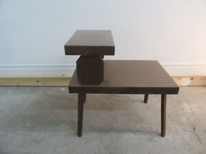 Table d'appoint vintage end table