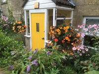 Close to Bath and University, furnished Cottage to let with driveway parking