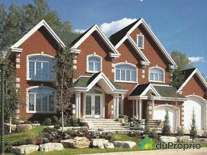 1 350 000$ - Maison 2 étages à vendre à Longueuil