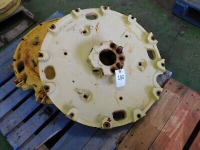 Two John Deere Tractor 34 Wheel Centers Less Wedges Part R48855 Tag 186
