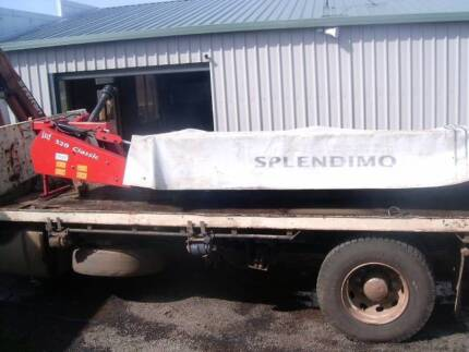 TRACTOR HAY MOWER 8 DISC LELY EXELLENT CONDITION Colac-Otway Area Preview
