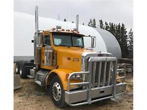 2007 Peterbilt 378 Semi Truck - DayCab Conventional - Saftied