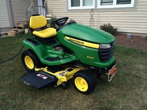 """2011 John Deere X320 Lawn Tractor with 48"""" Deck"""